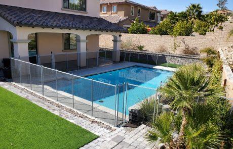 Pool fence Whitney