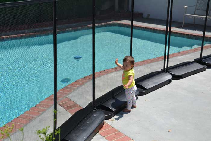 Pros and Cons of No Holes Pool Fence